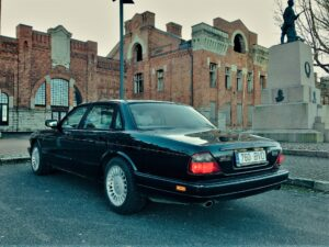 BMW digimuutus Jaguariks
